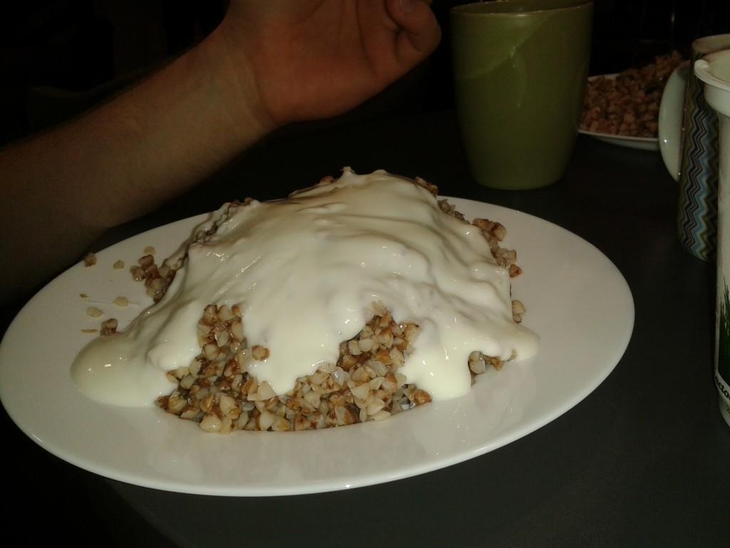 buckwheat porridge with yogurt